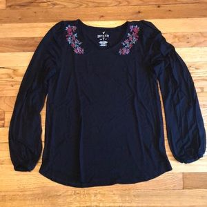 NWOT AE embroidered 3/4 sleeve t
